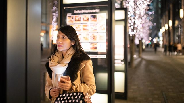 Digital Signage: Solving Challenges with Technology